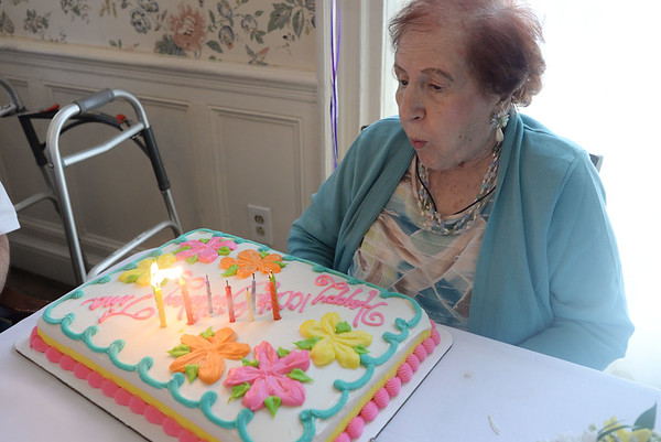 Tina Lefthes turns 100