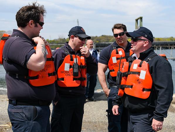 Fire/harbormaster training exercise in Danvers River