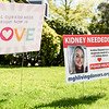 Lawn signs to help Andrea Gleason find a kidney donor
