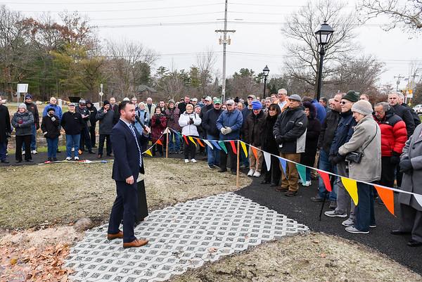 Mayor Edward Bettencourt helps cut the ribbon on Crystal Lake improvements