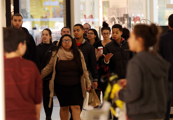 Black Friday Shoppers at Northshore Mall