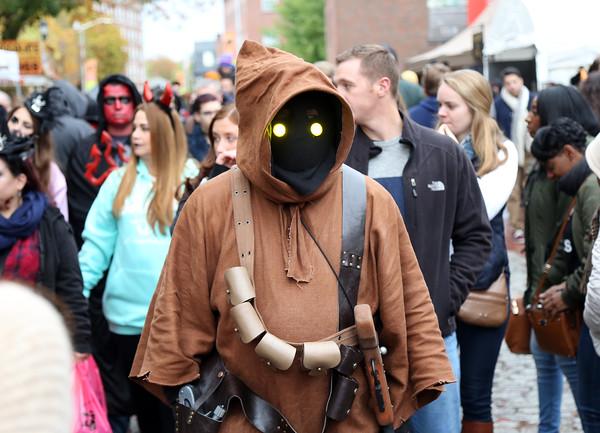 Halloween in Salem 2016