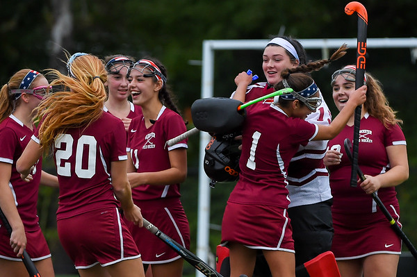 Gloucester vs Marblehead - field hockey
