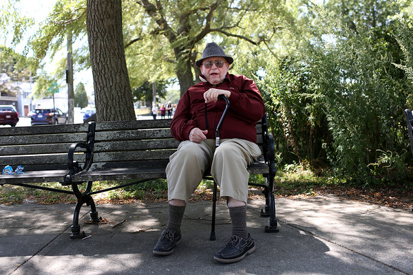 """HADLEY GREEN/Staff photo<br /> Irving Bacherman, 88, was born in Boston, and has lived on the North Shore for most of his life. He comes to the Willows a few times a week. """"I've known the Willows since I was a kid,"""" he says. <br /> <br /> <br /> 09/01/17"""