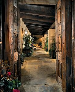 Santaluz House Entry