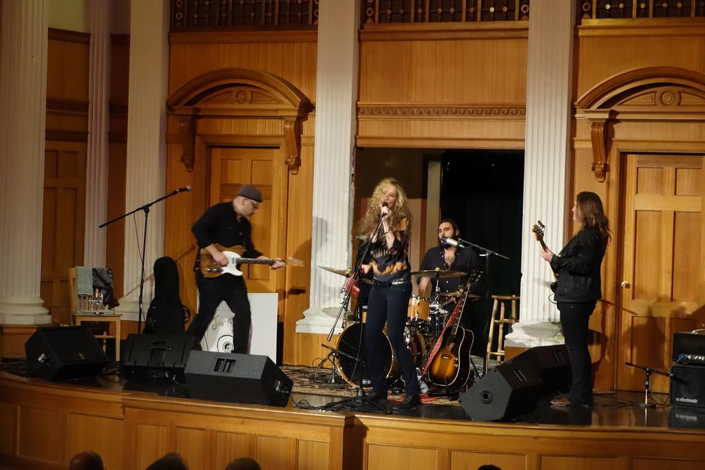 Dana Fuchs<br /> The Seasons Performance Hall