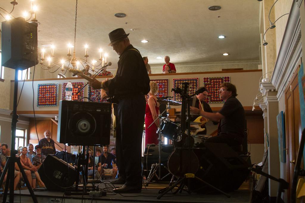 Bent On Blues<br /> Washington Blues Society<br /> IBC Blues Challenge Semi Finals<br /> The Seasons; Yakima, WA