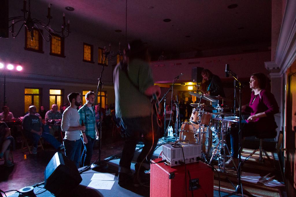 Shoot Jake + Junk Belly<br /> The Seasons Backroom