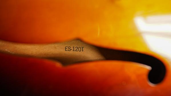 Gibson ES-120T F Hole