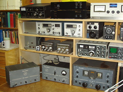 "Gonset ""twins"", HX 4-20 Tx. 4-11 Mod, and HQ-129x Rx."