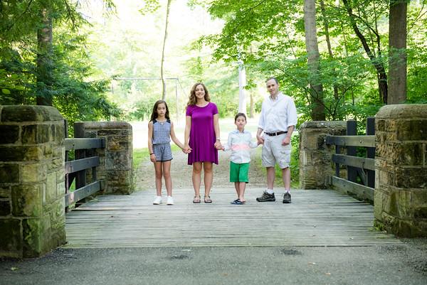 Mariana_Edelman_Photography_Cleveland_Mitzvah_Family_Simms_005