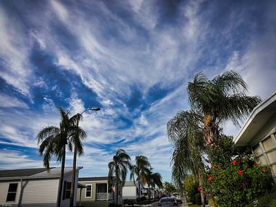 rx10_001_clouds