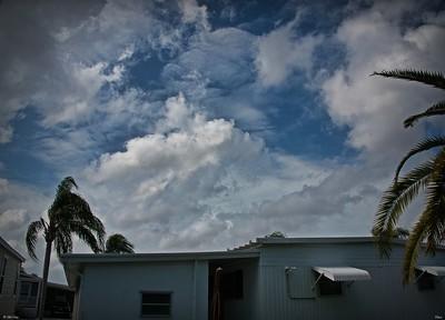 rx10_005_clouds
