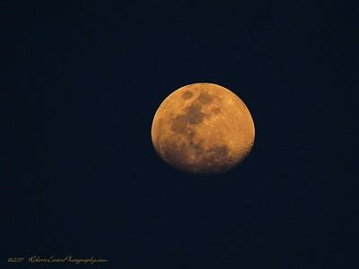 2017-04-07_P4070023_ Moon,clwtr