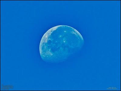 _B050032_moon eb-1