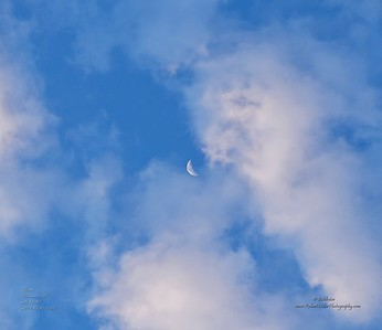 _C200008_Clouds_Waning Crescent Moon
