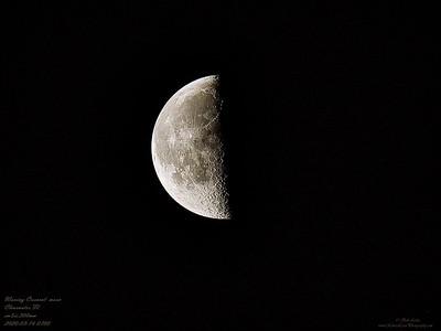 P3160001_Waning Crescent moon