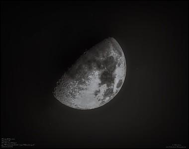 P5020001_Waxing Gibbous moon
