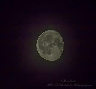 2019-08-19_  0245  m1300mmiso640 Waning Gibbous Moon__8190006