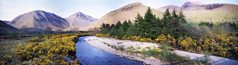 Wasdale : The River and The Fells