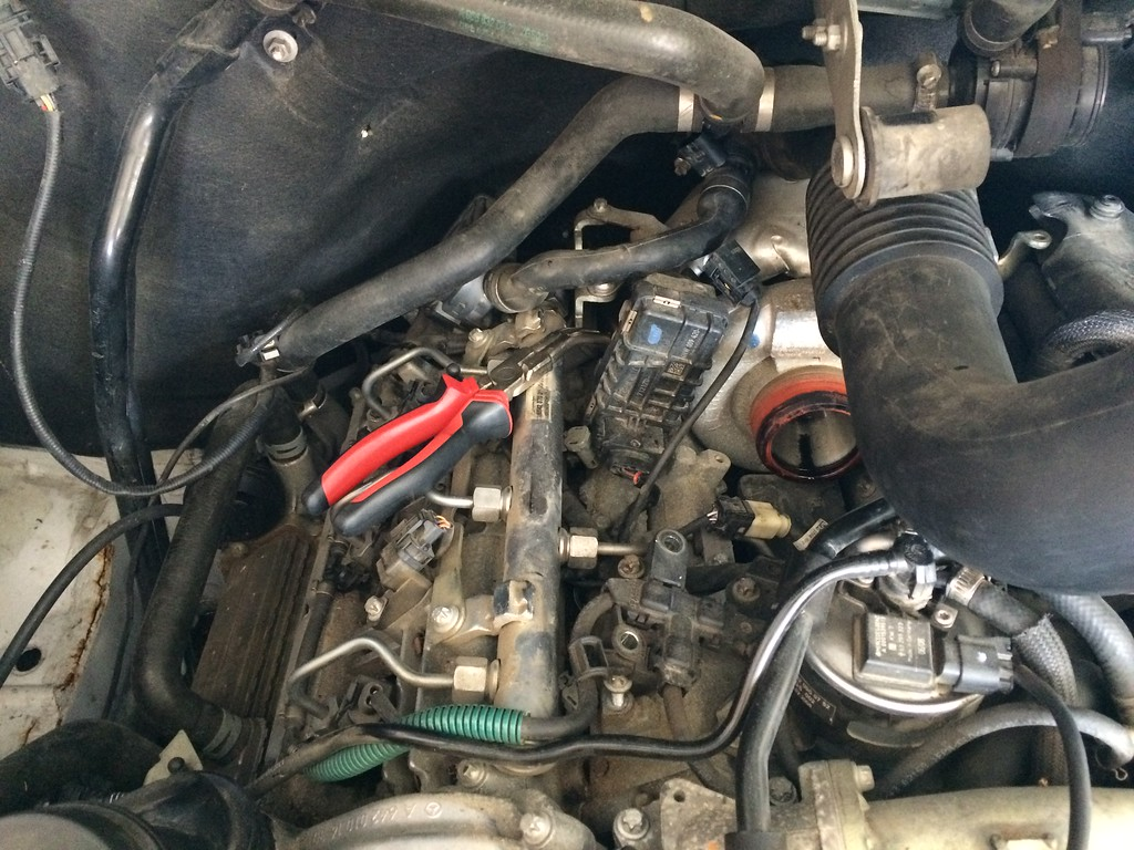 changing glow plugs on a 2008 sprinter v6 sprinter forum rh sprinter source com Fuse Box Wiring Harness Fan Clutch Wiring Harness
