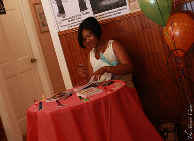 The Street Cam: Brianne Gould's Book Signing