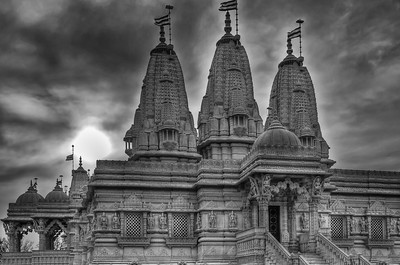 Temple in BnW