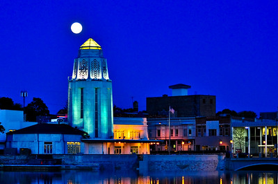 39 - Moon Over St. Charles