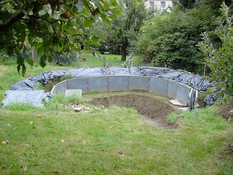 status on 16.09.2005 Wheeling the barrow in is easy