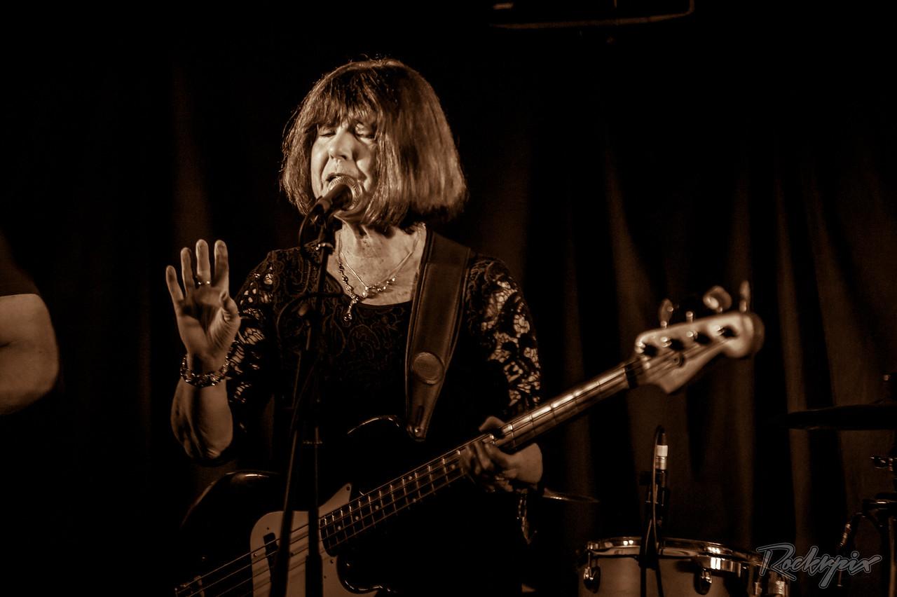 ©Rockrpix -  Fran McGillivray Band