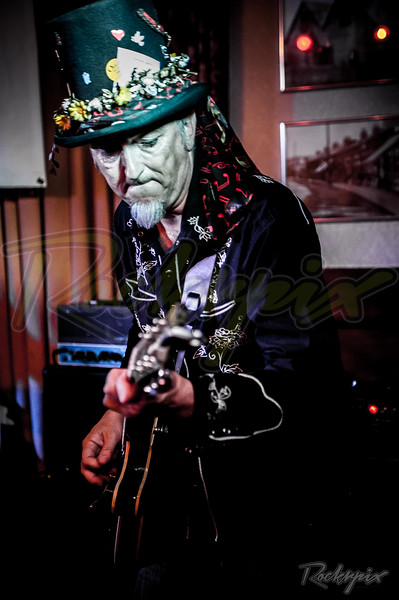 ©Rockrpix  - Jamie Williams & The Roots Collective