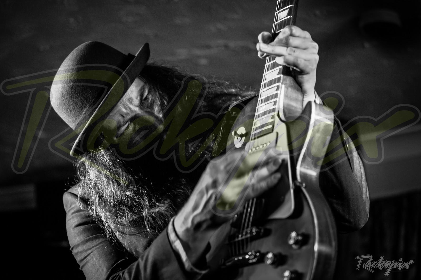 ©Rockrpix - Mike Ross