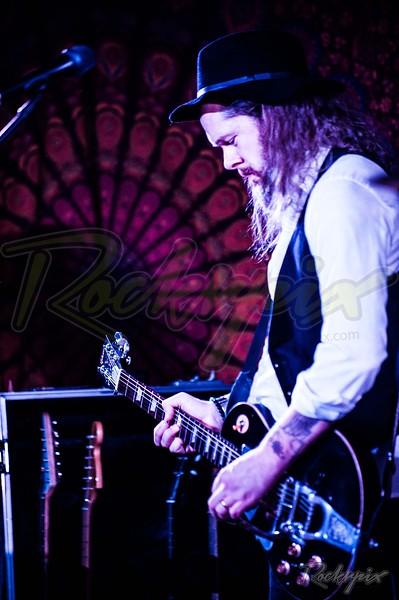 ©Rockrpix - Redfern & Ross Band