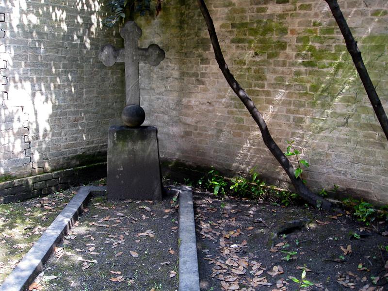 Grave at Isola di San Michele.