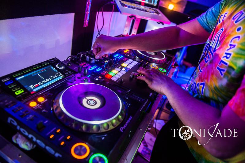 Toni Jade0694