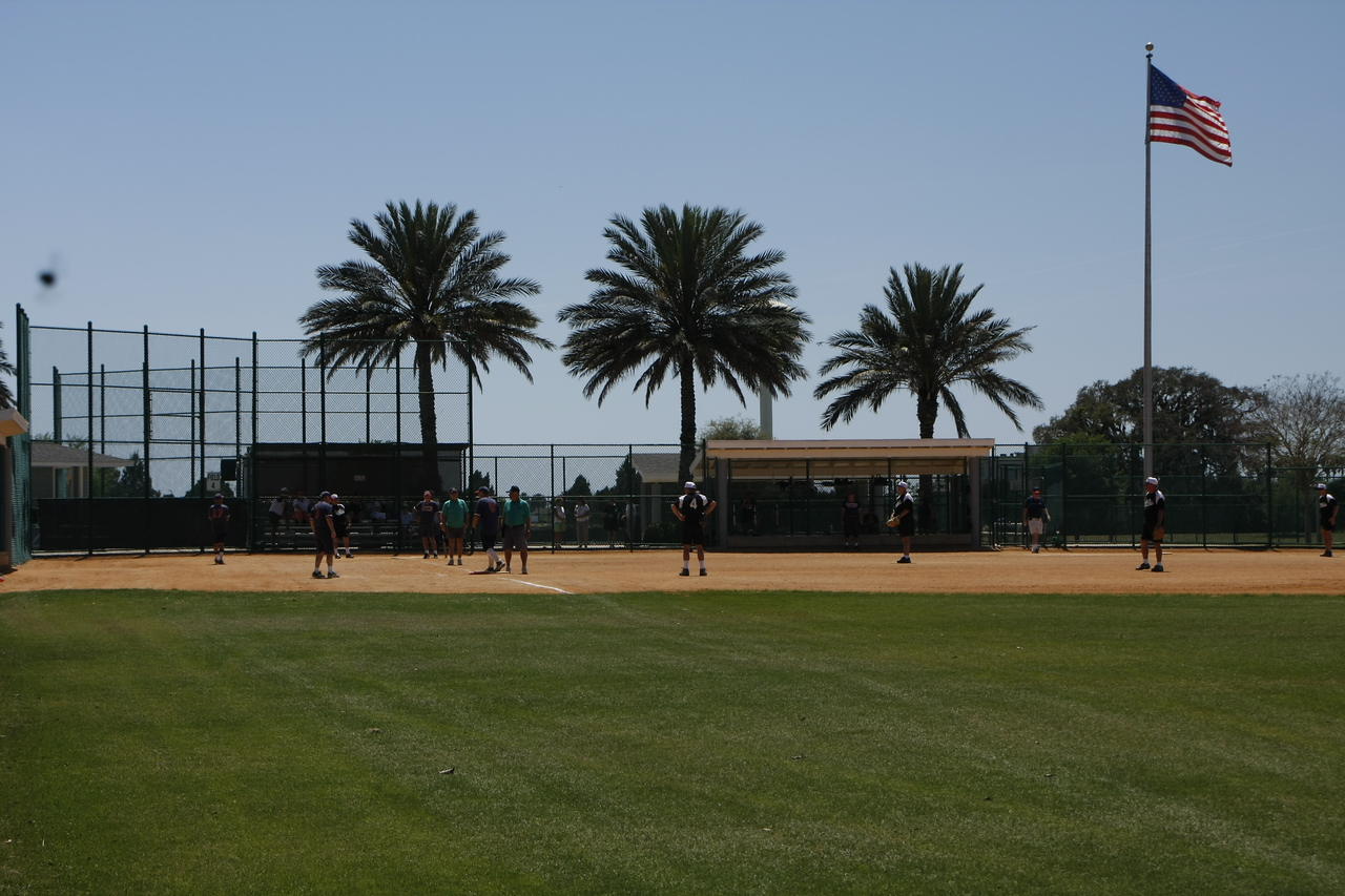 There are numerous softball fields and teams in the Villages.