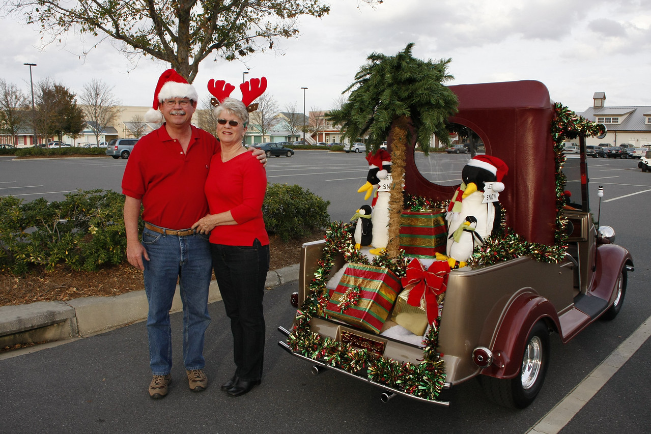 Ron & Lynda's Streetrod ready for the 2008 Christmas parade