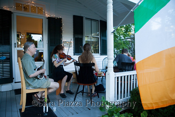 Edgartown News, Sara Piazza Photography, Edgartown Photographer, Martha's Vineyard Photographer, Martha's Vineyard Family and Wedding Photographer, Irish traditional music, Vineyard Irish session