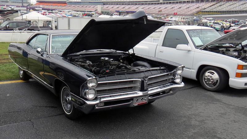 1965 Pontiac Bonneville.