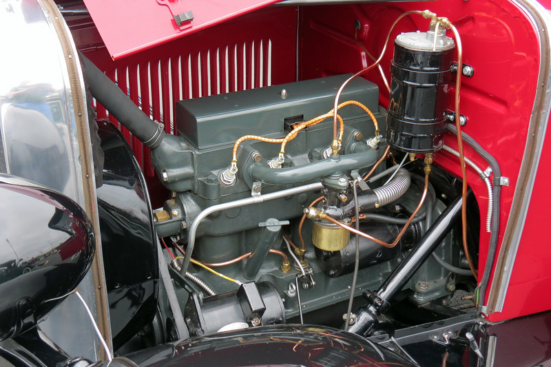 Power comes from Chevrolet's 171 CID I4 that makes 35 hp.