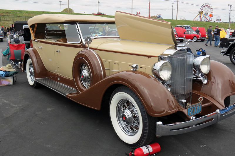 A stunning 1934 Packard Super Eight Sport Phaeton, another of my favorites from the show !