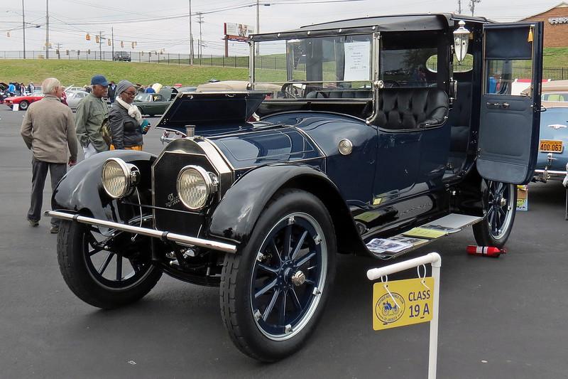 1915 Pierce-Arrow Model 38C.
