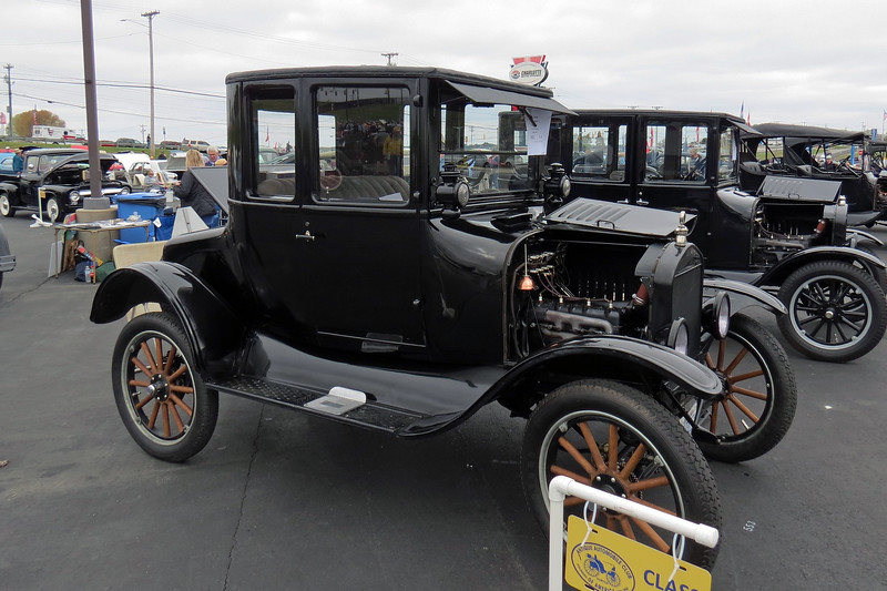 The first car is a 1924 Ford Model T.