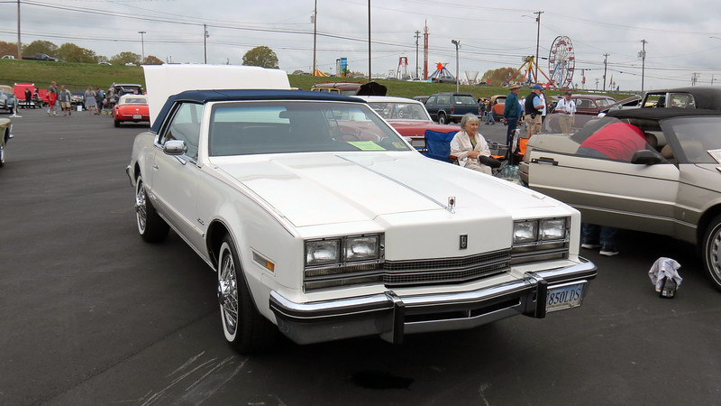 Olds produced 42,185 Toronados in 1985 compared to 74,934 Rivieras and 76,401 Eldorados.