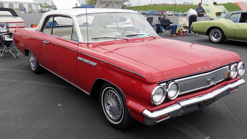 1963 Buick Skylark.
