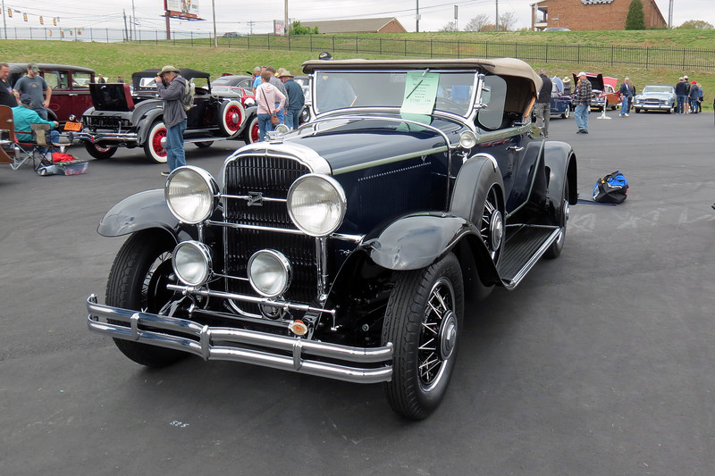 1931 Buick Series 90 Sports Roadster.