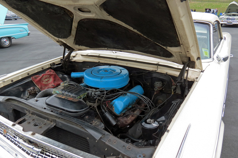 """I'm not 100% sure.  But if I had to guess, I'd say this car is powered by Ford's 352 CID """"FE Series"""" V8."""