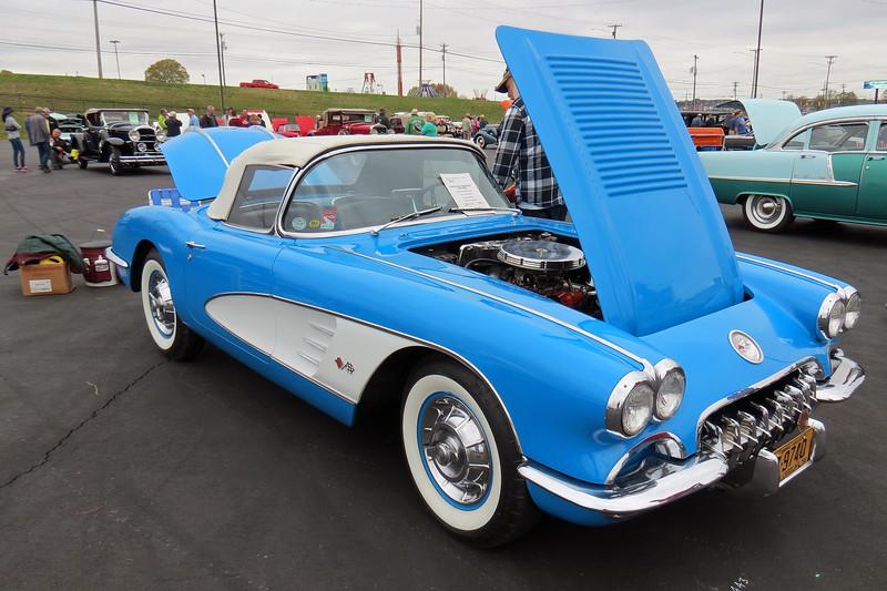 1958 Chevrolet Corvette.