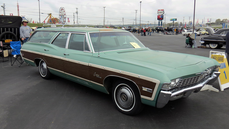 1968 Chevrolet Caprice wagon.