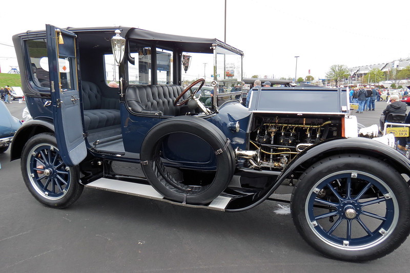"Pierce-Arrow was one of the legendary, ""Three Ps of Motordom,"" along with Packard and Peerless.  The ""Three Ps"" were known for their phenomenal engineering and build quality, and were priced accordingly."